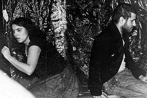 Stephan Krawczyk und Freya Klier in ihrem St&#252;ck &quot;Steinschlag&quot; 1987<br><br>Bild: Privatarchiv Stephan Krawczyk
